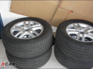 途锐17轮毂+轮胎图片