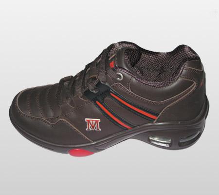 ...高鞋技术特征   (1)增高鞋属隐形内增高,外观却与普通的高档鞋