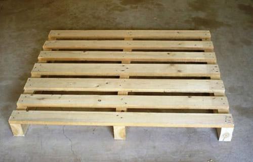 供应盐城废旧木材回收木方收购木托盘