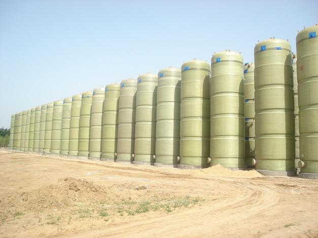 供应玻璃钢罐价格图片