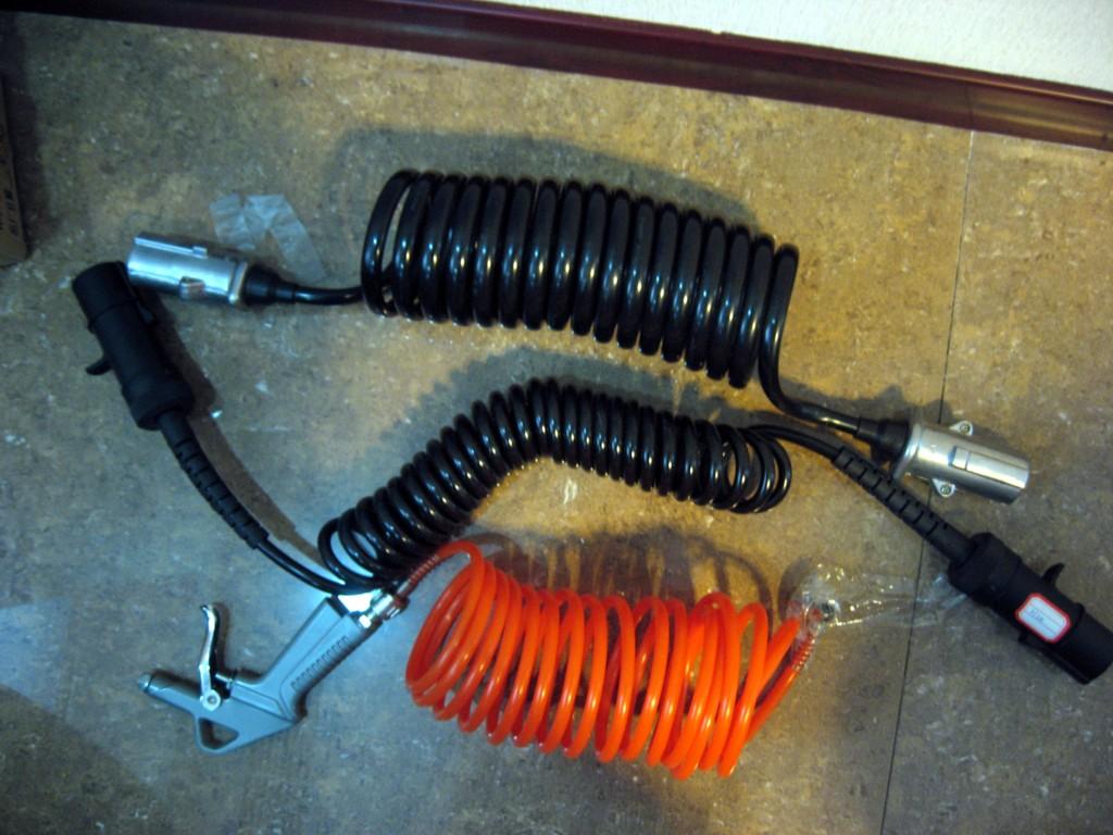 供应汽车螺旋电缆PU弹簧线批发