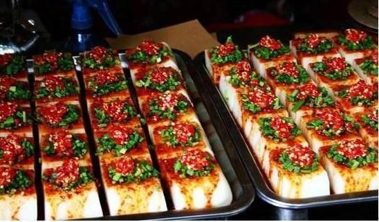韩国铁板豆腐的做法_韩国铁板豆腐小吃车_韩国铁板豆腐加盟