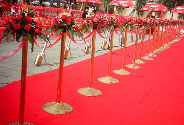 礼仪鲜花图片|礼仪鲜花样板图|剪彩金柱罗马花