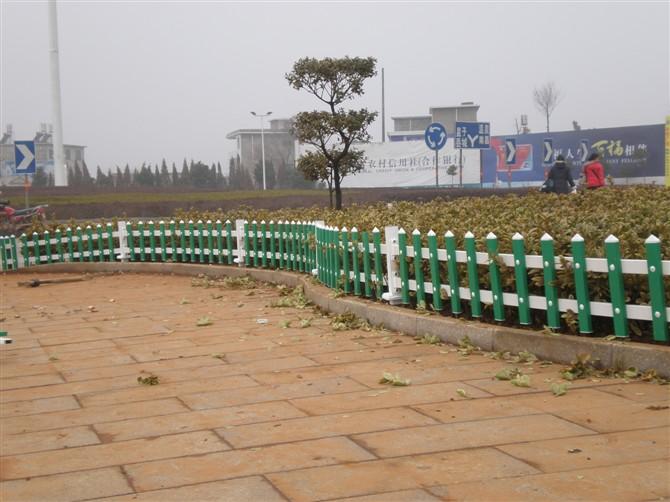 pvc花坛护栏生产厂家图片