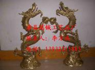 西藏铜雕双龙戏珠铸铜雕塑图片