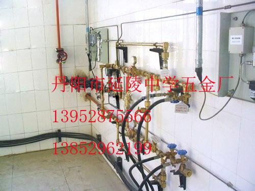 氦气气体汇流排充灌台充装排集中供气系统设备装置