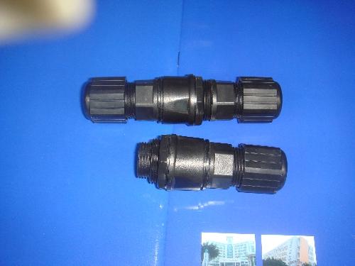 供应RJ45网络双头防水连接器图片