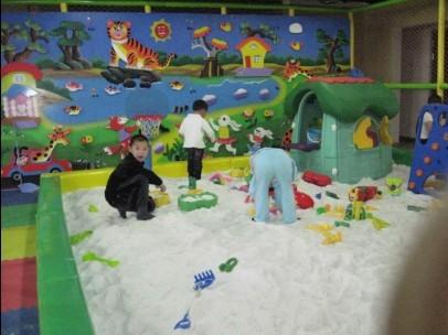 儿童乐园沙子; 儿童沙池;; 供应贝贝跷跷板