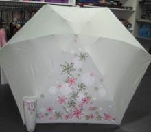 供应山东青岛广告香水瓶伞商务礼品伞雨伞厂