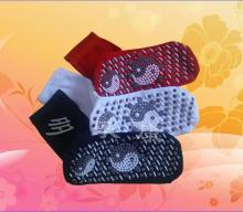 供应足疗涂点自发热袜子保健用品批发