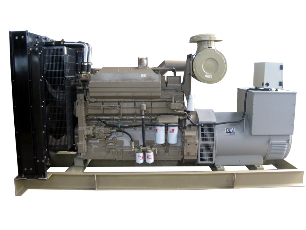 江苏扬州东风康明斯柴油发电机生产供应商 供应东风康明斯高清图片