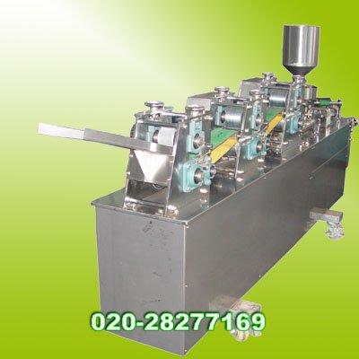 供应自动成型酥角机(油饺机)