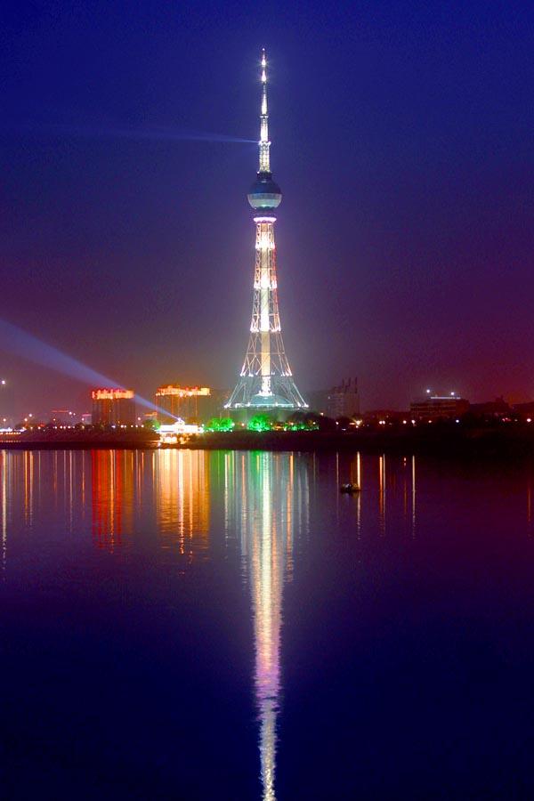 供应广播电视塔; 装饰塔,工艺塔--铁塔厂; 洛阳中原明珠广播电视塔