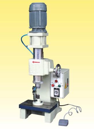 供应气压旋铆机、气动铆钉机、旋铆机、油压铆钉机批发
