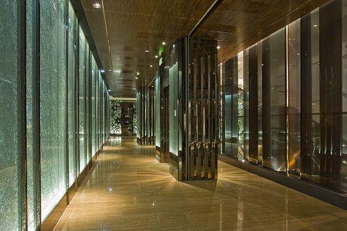 供应镜面黑钛不锈钢板;;; 酒店装潢用彩色不锈钢; 供应酒店装潢用板材
