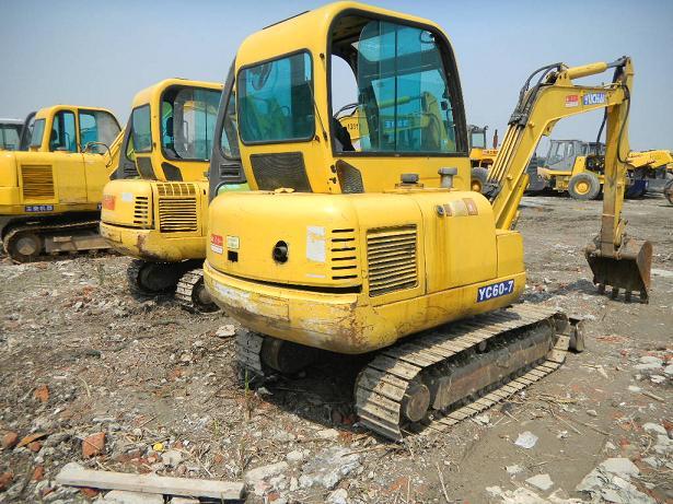 供应二手广西玉柴35挖掘机,玉柴YC35挖掘机,玉柴35二手小挖图片
