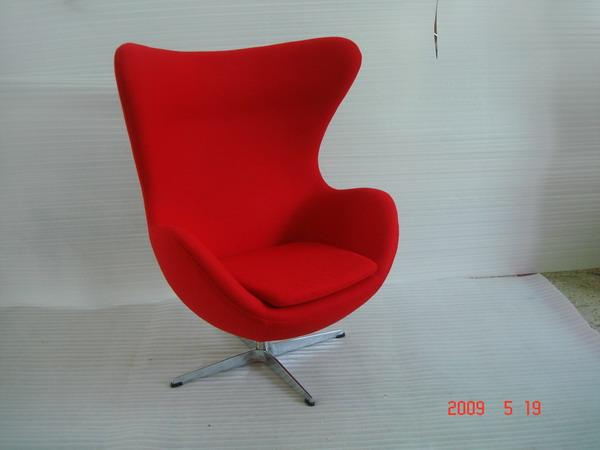 供应高档鸡蛋休闲椅名家雅各布森设计