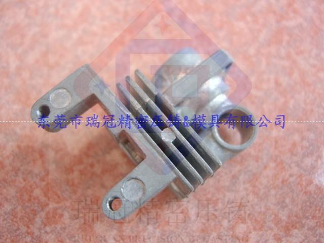 供应压铸锌合金汽摩配件