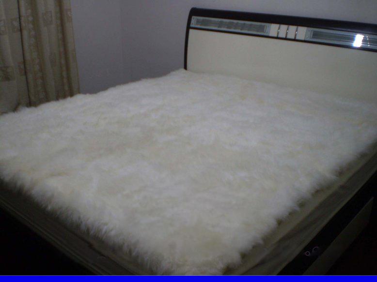 供应沈阳羊毛地毯批发哈尔滨羊毛床毯批发