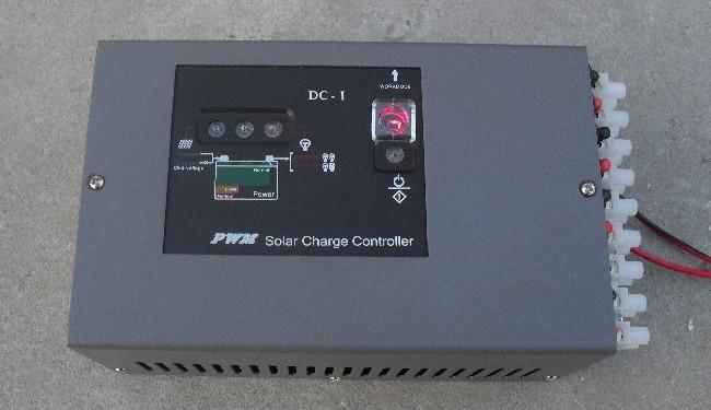 一体化太阳能市电互补控制器报价