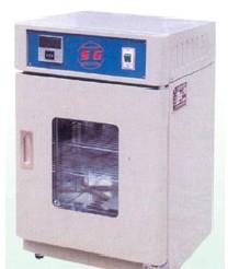 供应电热恒温培养箱