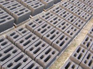 供应北京免抹灰砌块、北京联锁砌块、北京轻集粒砌块,北京陶粒砖厂