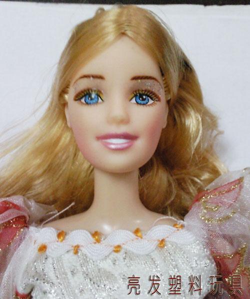 芭比娃娃发型变换_发型设计