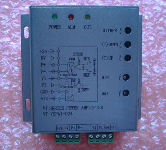 VT-PF-D24-V双比例阀放大板 供电电源:24VDC 控制信号输入:0-10VDC/0-5VDC 负载阻抗:2.2-50欧 最大电流:压力300-1000MA可调 流量300-800MA可调 先导电流:压力0-300MA可调 流量0-300MA可调 适用于各种品牌比例阀如:油研,力士乐,机立,阿托斯,华德