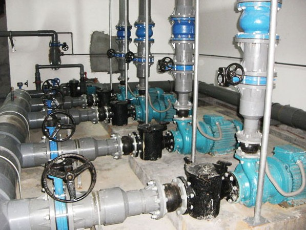 游泳池水处理设备泳池水处理方案泳池设备泳池药剂泳池热泵