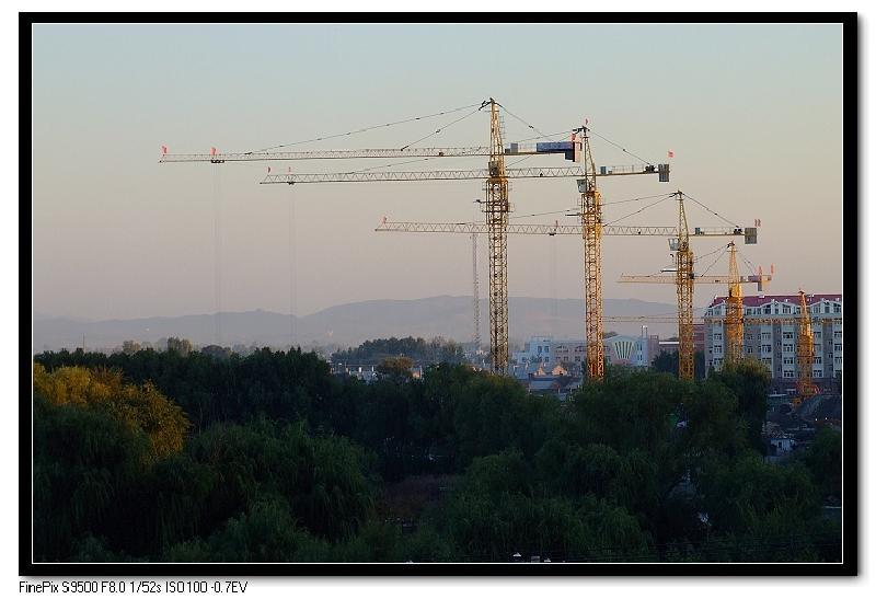 北京富达建筑设备塔吊租赁有限公司图片