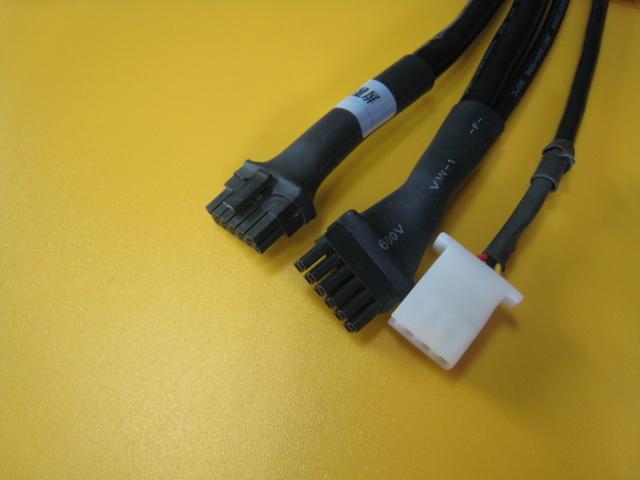 汽车连接器图片 汽车连接器样板图 专业从事汽车连接器 深...