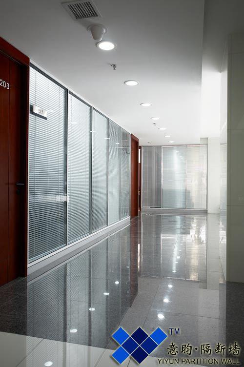 重庆房屋玻璃隔断图片
