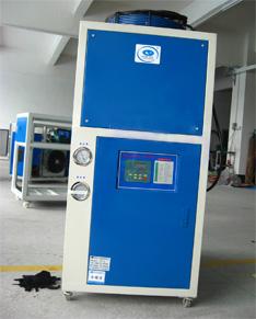 风冷工业冷水机,大金冷水机,5匹冷水机图片