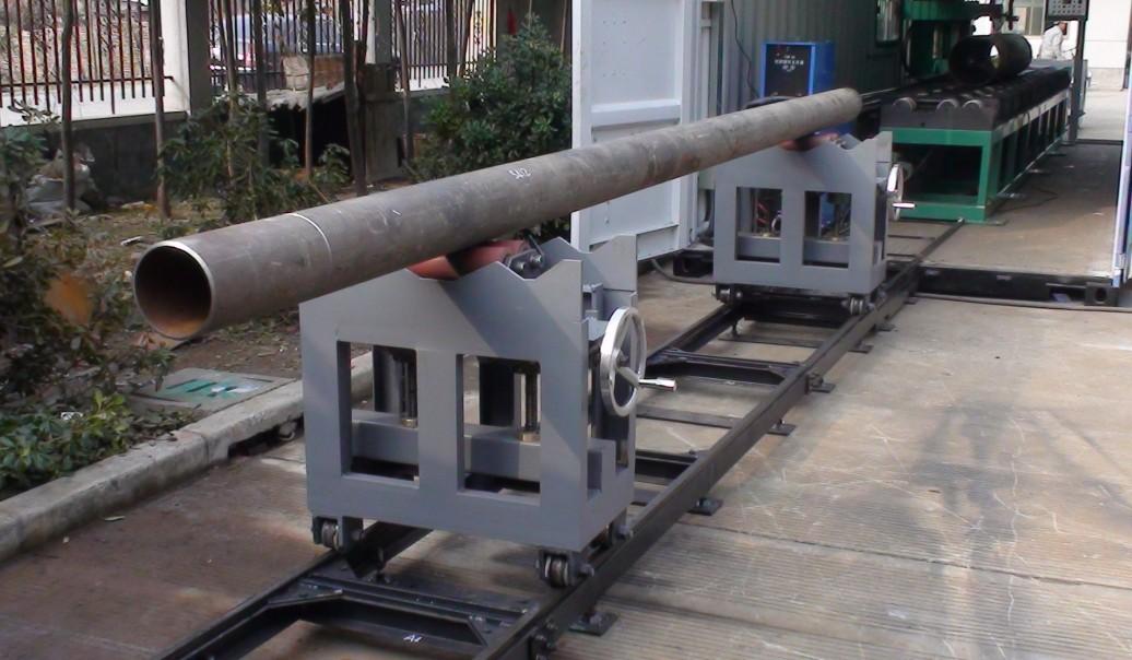 轨道小车物流输送系统  型号规格:PTLTS-24A1/A2/A3/A4  性能特点:  实现自动焊机/火焰等离子切割机、带锯床/悬臂焊机/端面坡口机坡口加工或自动焊接过程的管子或管段的升降和输送  提高管道预制厂的自动化程序,降低吊装过程的安全风险  技术参数:  适用管径:DN50-600(60-610)  传送长度:500MM  线体长度:7.