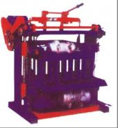 河南垫块砖机设备图片