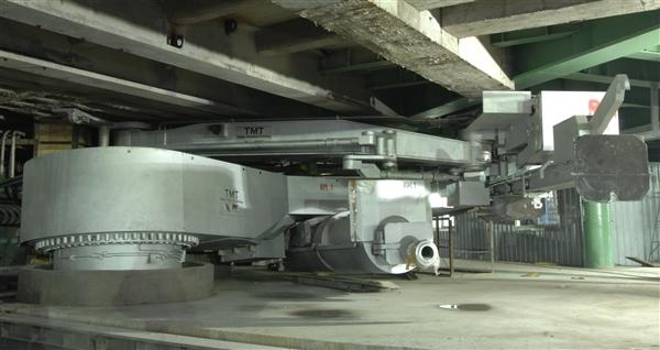 供应炉前三机:液压泥炮,液压开口机,堵渣机图片