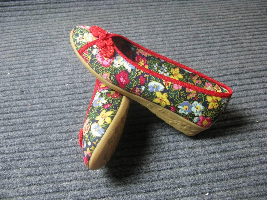 传统布鞋图片 传统布鞋样板图 传统布鞋 漱芳斋老北京布鞋