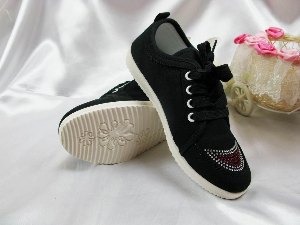 女童布鞋专卖图片_漱芳斋老北京布鞋产品图片