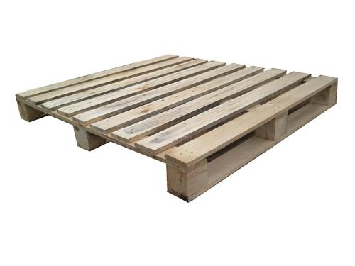 供应大量二手木材废旧包装箱木架收购