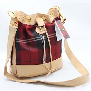 苏格兰经典格子水桶包红格子女包图片