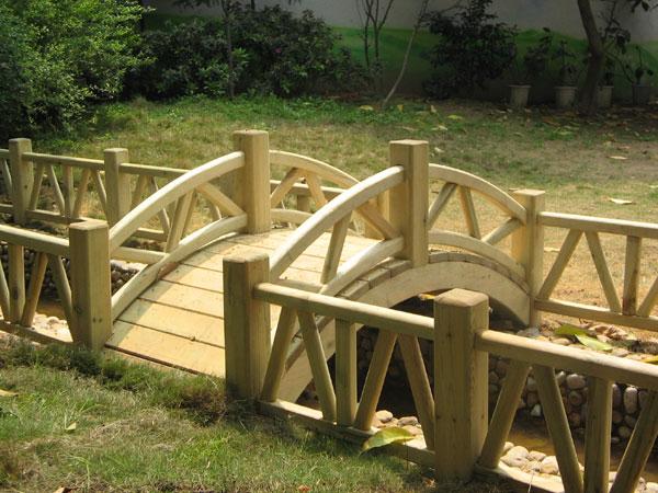 供应防腐木廊架木花架木走廊木护栏木围栏木平台阳台